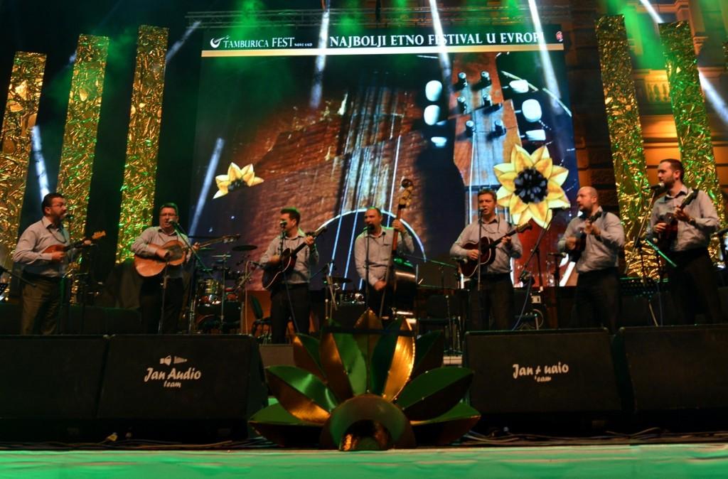 Specijalna nagrada za negovanje tamburaške tradicije - Ansambl Zorule, Novi Sad, Srbija
